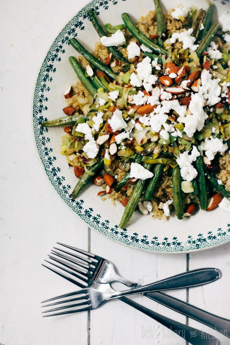 Quinoa met groene groenten en feta