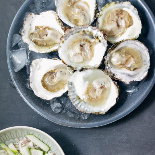 oesters met perenvinaigrette