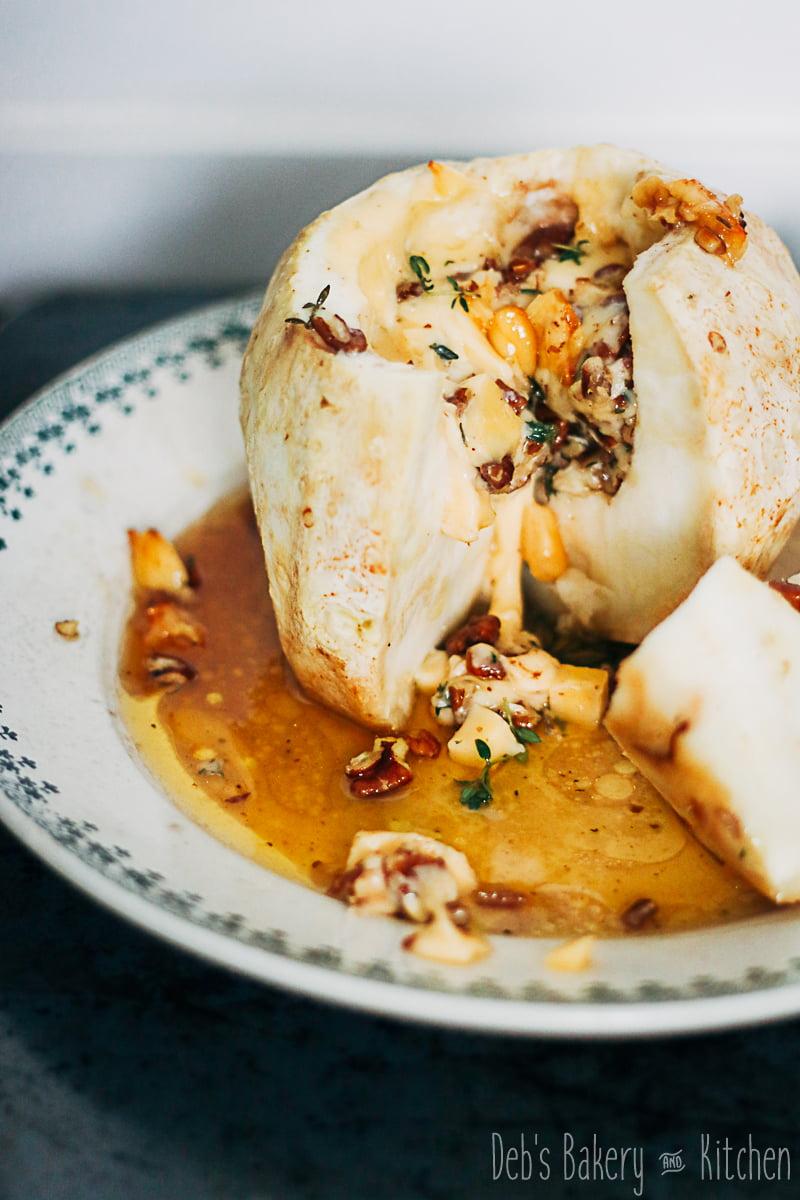knolselderij uit de oven met kaas en pecannoten