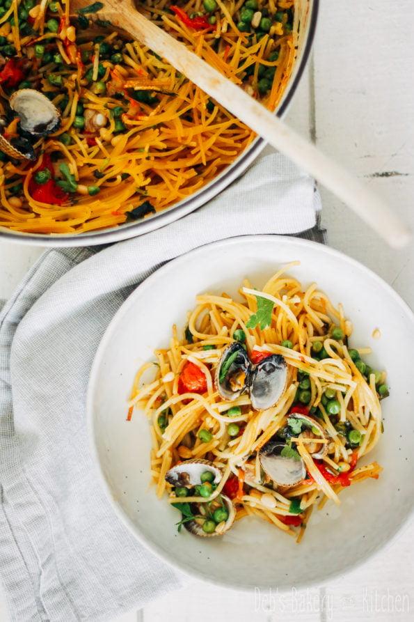 geroosterde spaghetti met kokkels