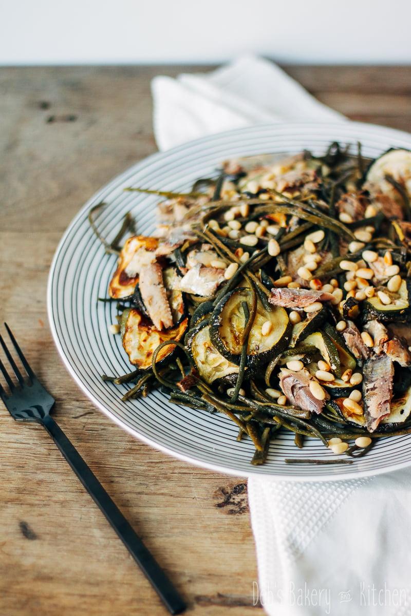 zeewier pastasalade met courgette en sardines