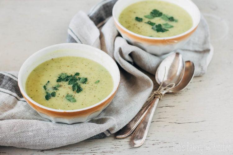 preisoep met bosui en broccoli