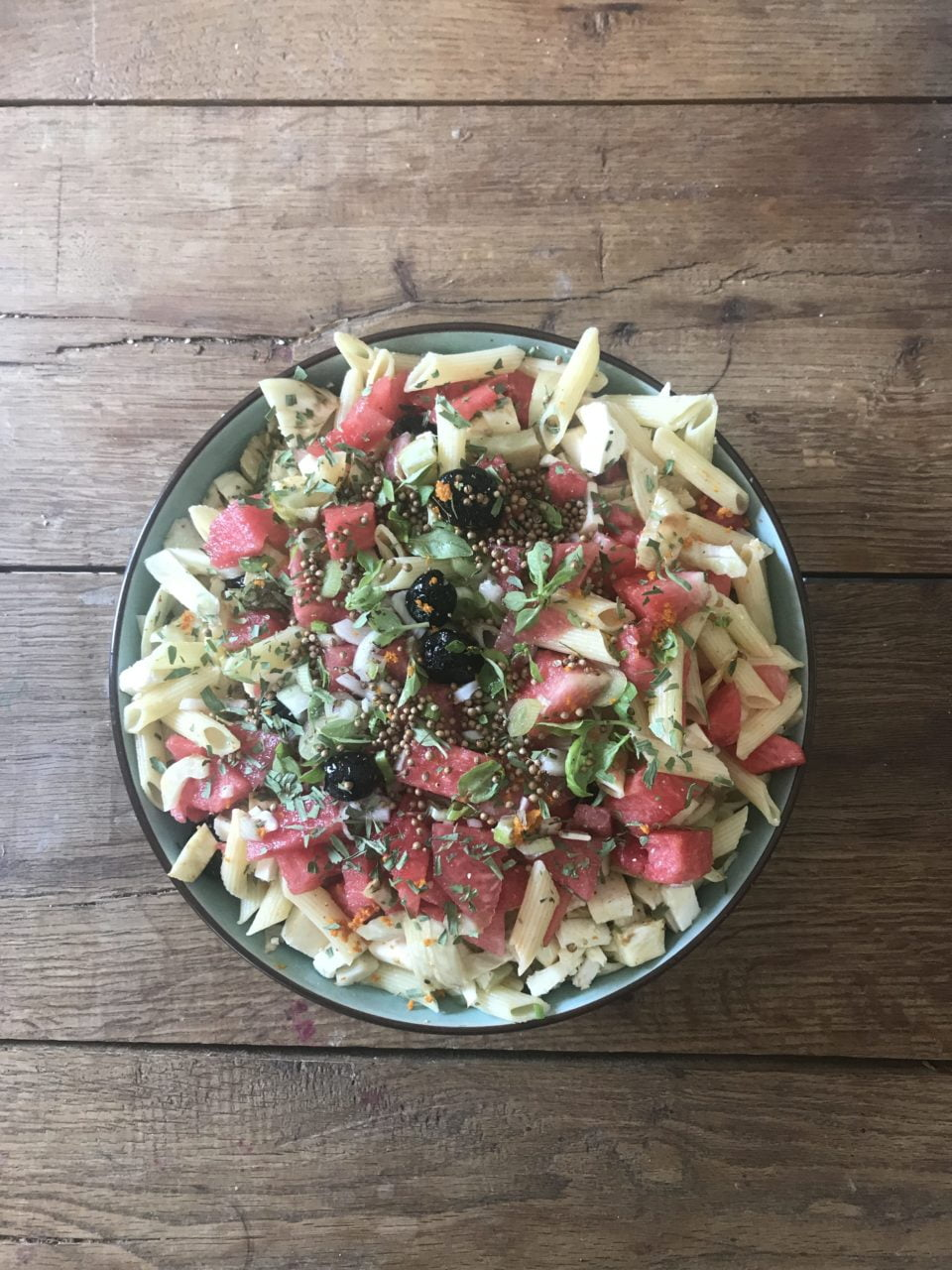 pastasalade-met-watermeloen-feta-en-venkel