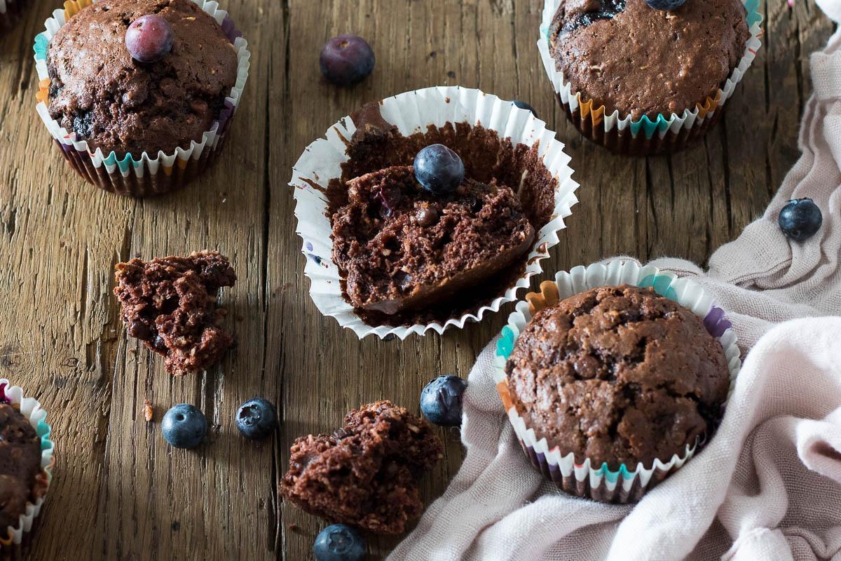 Chocolade bosbessen kokos muffins