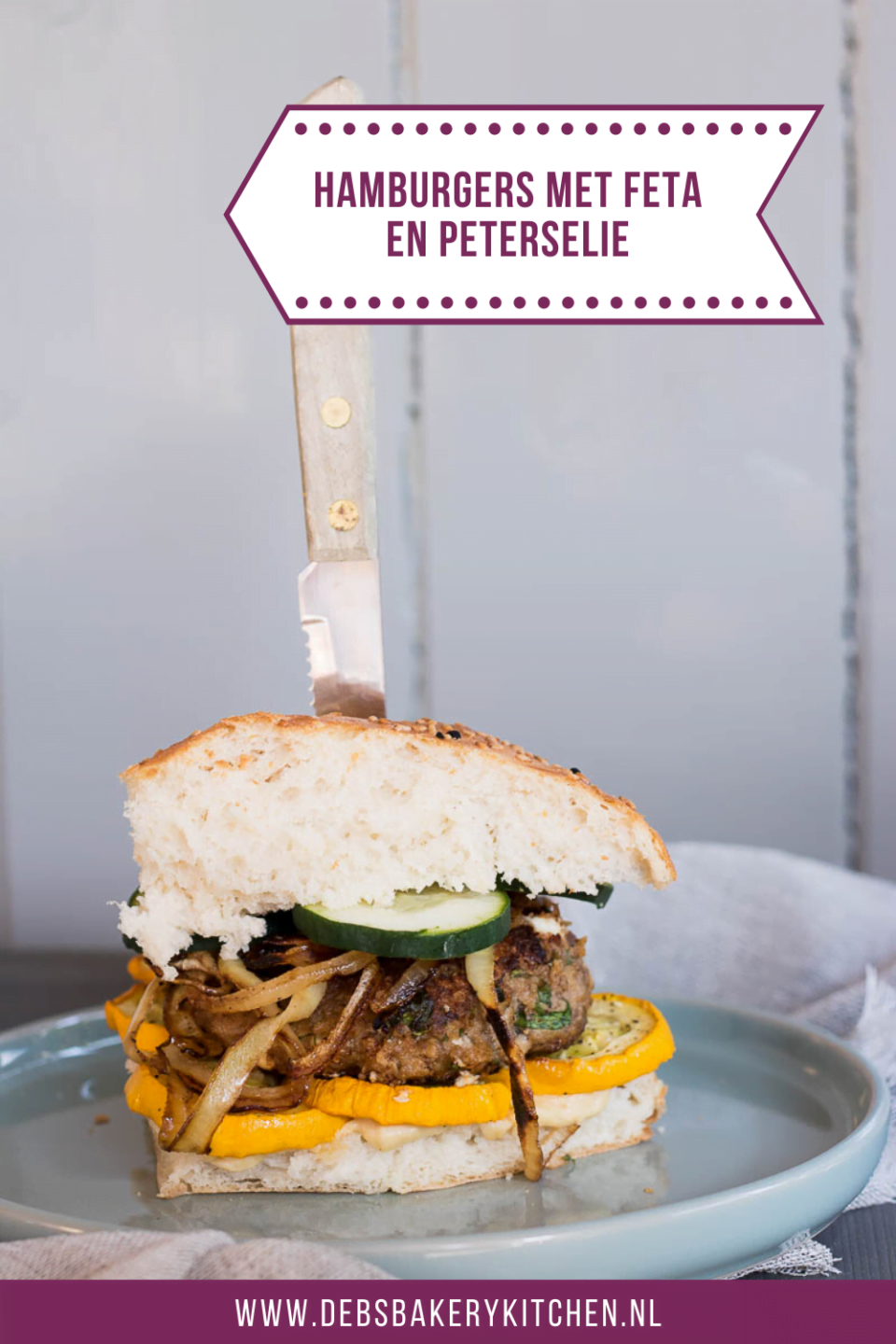 hamburgers met feta en peterselie