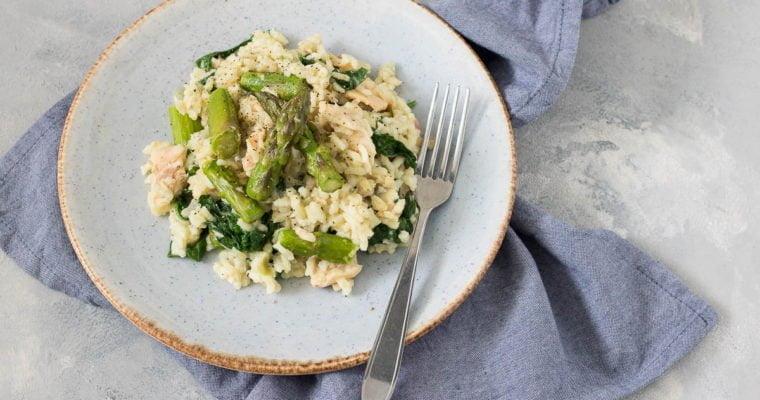 Risotto met spinazie, groene asperges en forel