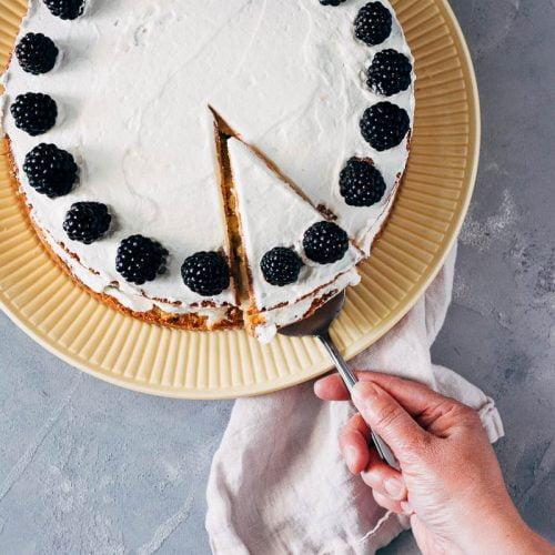 snelle taart met vijgenjam en bramen