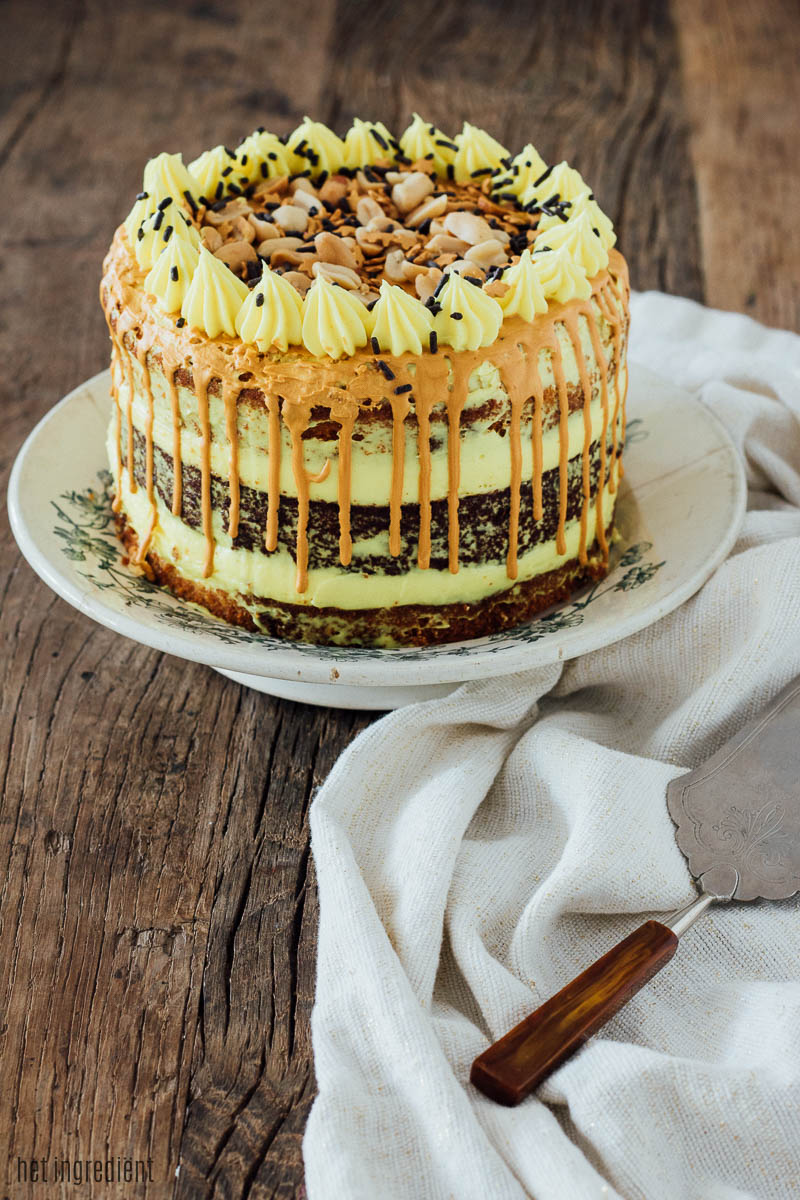 banoffee brownie drip cake