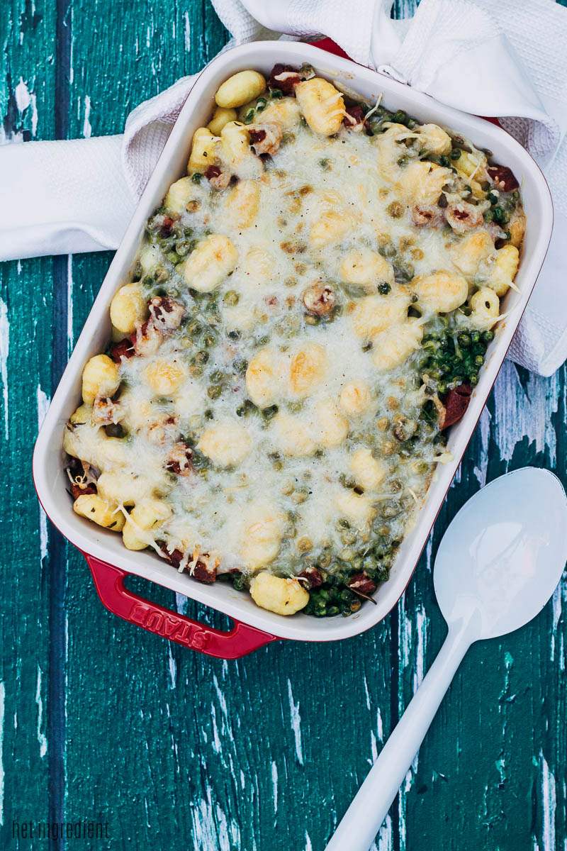 gnocchi uit de oven met doperwten en chorizo