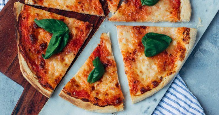 Zelf pizza Margherita maken