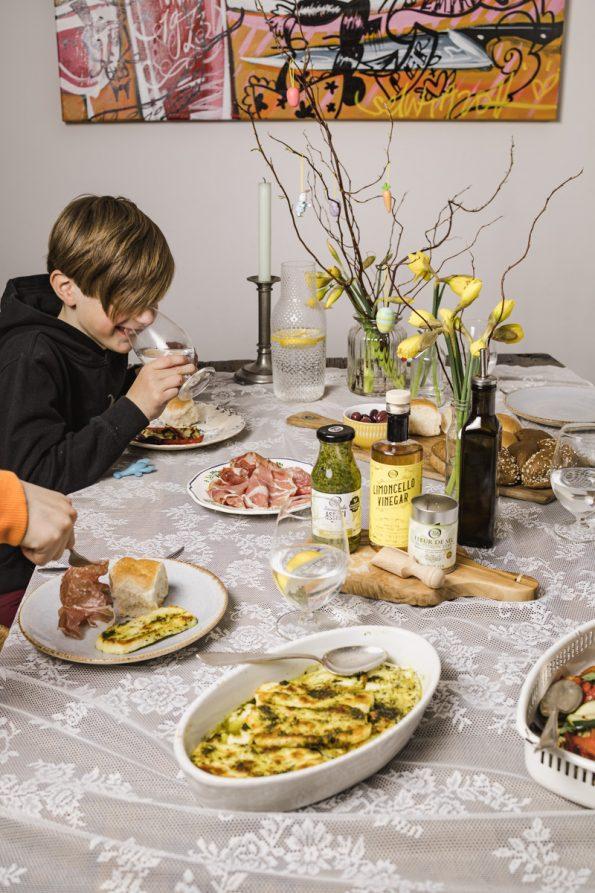Gemarineerde Italiaanse groenten met gegrilde halloumi