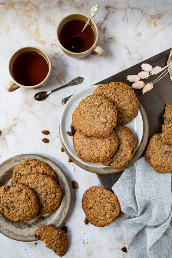 Volkoren havermout koeken met rozijnen