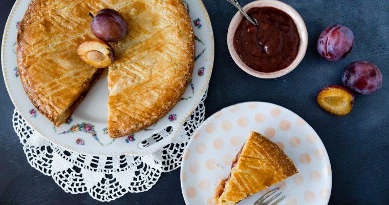Gâteau Breton aux pruneaux: Bretons zandgebak met pruimen